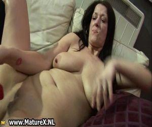 duo de bombasses lesbiennes en lingerie fine