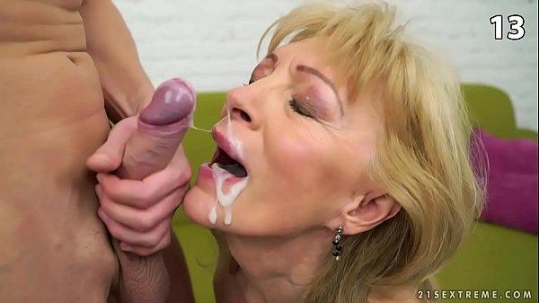sperme sur le visage orgie noir Gloryhole porno